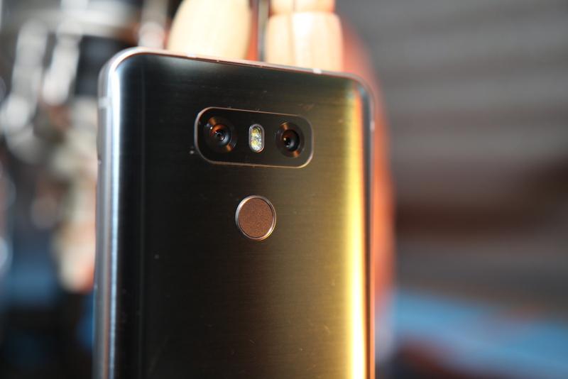 O LG G6 é provavelmente o melhor smartphone no mercado por 400€