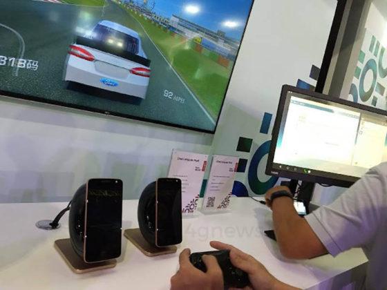 Motorola Moto Snap Samsung DeX