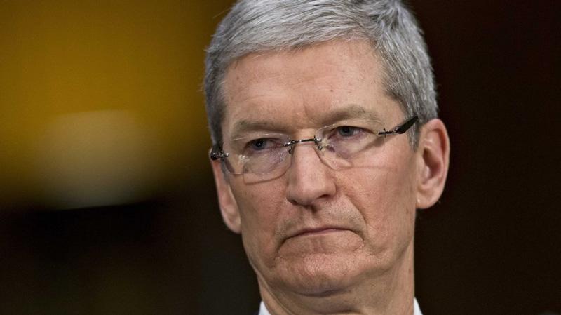 Apple Tim Cook iOS macOS