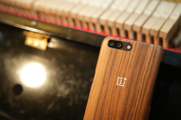OnePlus 5 smartphone Android