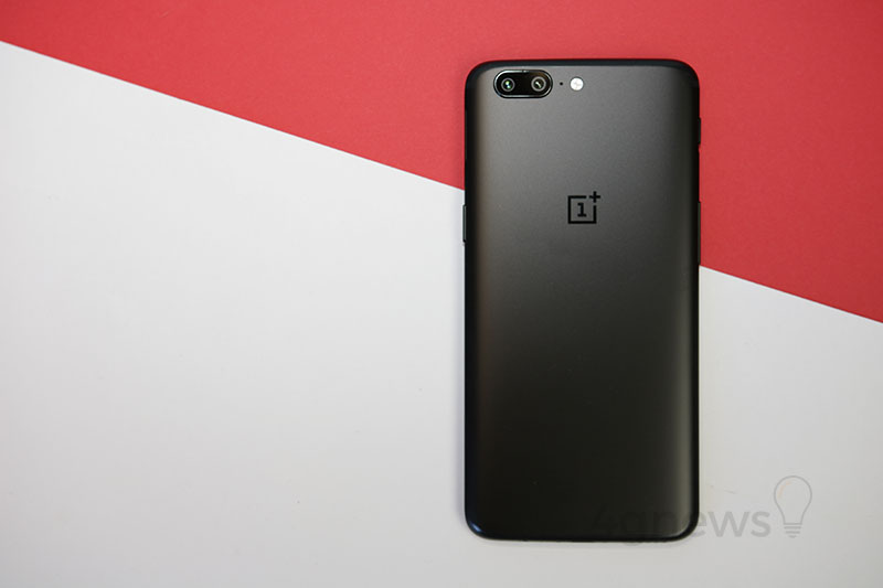 Android Oreo OnePlus 5T OnePlus 5 smartphone review análise