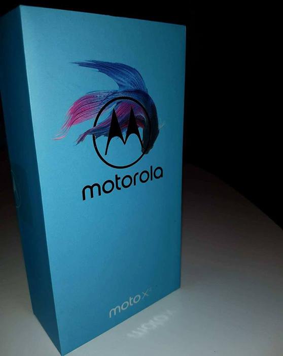 Motorola Moto X4 caixa