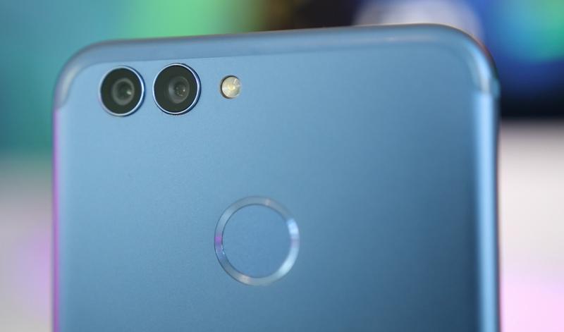 Este é o segundo Huawei Nova 2, antecessor do Nova 2S