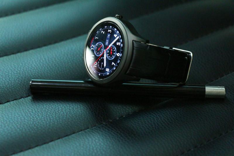 NO.1 D5 Pro - O smartwatch com o Samsung Gear S2 em mente