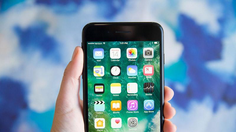 Apple iPhone antigo bateria lento lentidão