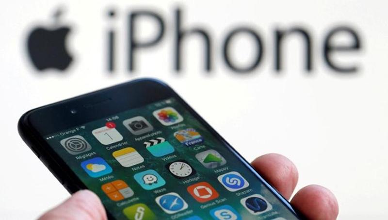 Apple iPhone USB-C iPad