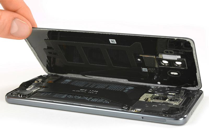 Huawei-Mate-10-Pro-iFixit-6.jpg