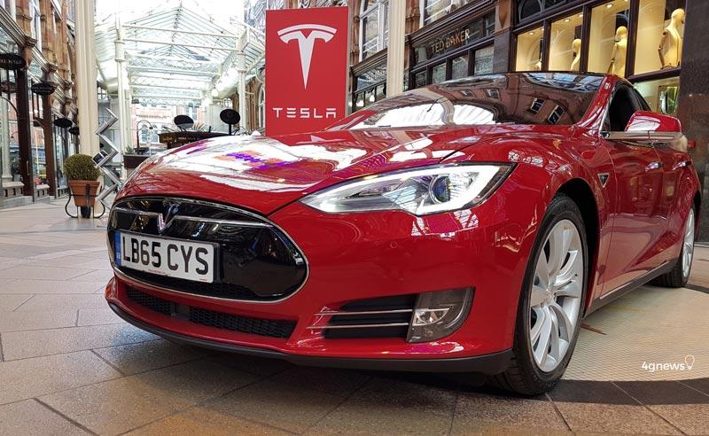 """Elon Musk: """"Tesla está a desenvolver chips de Inteligência Artificial"""""""