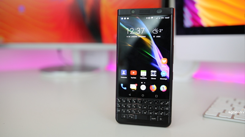 BlackBerry KeyOne Review | Um toque de nostalgia