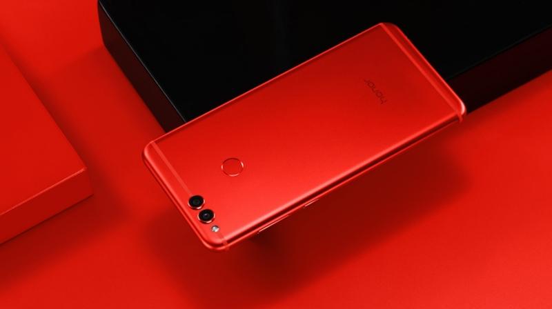 Huawei Honor 7X chegará em vermelho mas não para todos