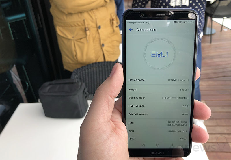 Huawei-P-smart-smartphone-Android-2.jpg