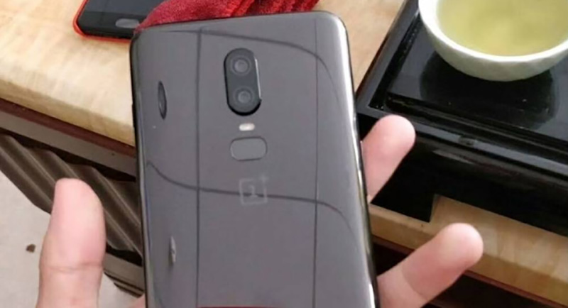 Apple OnePlus 6 smartphone Android monocelha