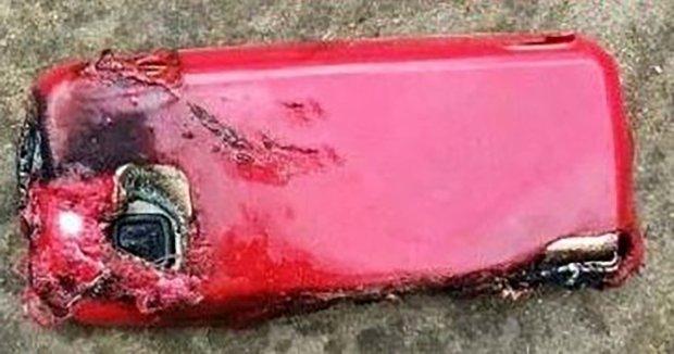 Nokia-5233-exploded-b.jpg