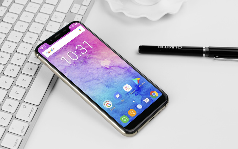 """Oukitel U18 é o """"clone"""" do Apple iPhone X com um preço abaixo de 150€"""