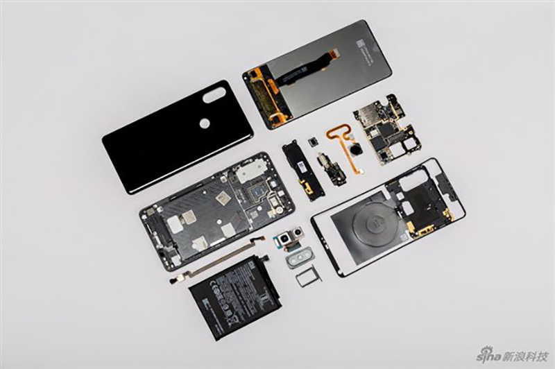 Xiaomi-Mi-MIX-2S-Android-12.jpg