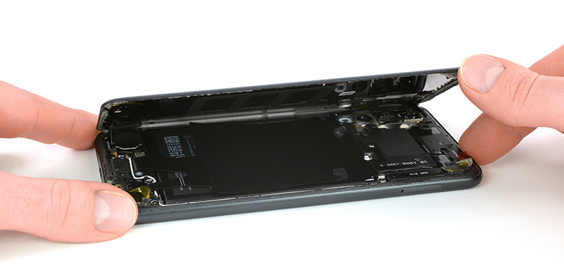 Huawei-P20-Pro-iFixit-Android-7.jpg