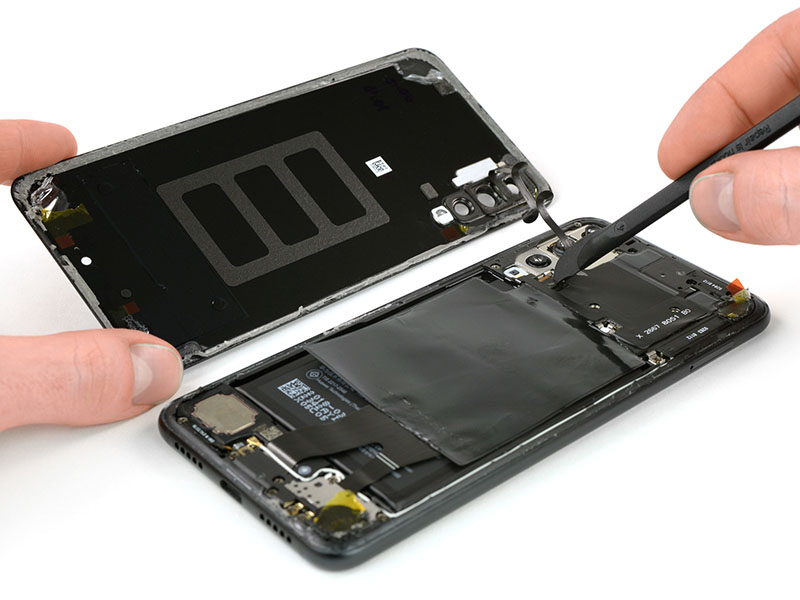 Huawei-P20-Pro-iFixit-Android-9.jpg