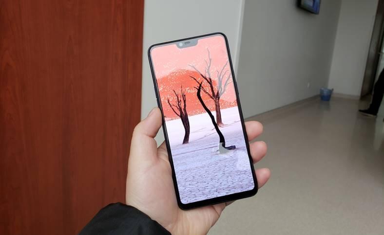 OnePlus-6-3.jpg
