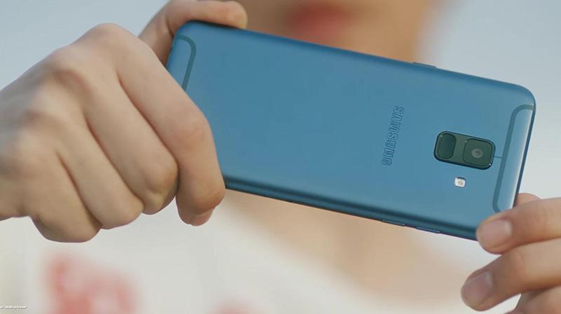 Samsung poderá lançar em breve um smartphone com Android Puro