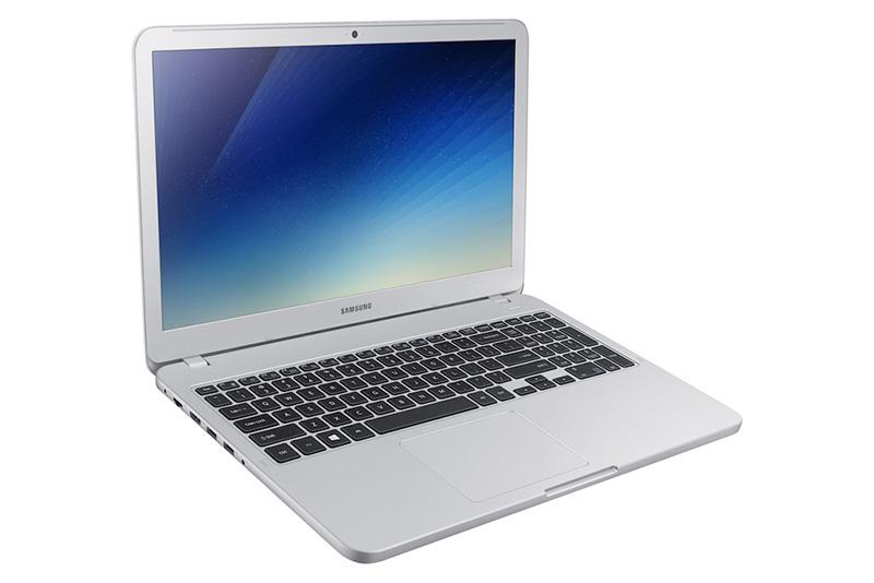 Samsung-Notebook-3-Samsung-Notebook-5.jpg