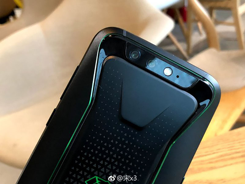 Smartphone-Xiaomi-Black-Shark-Android-Oreo-11.jpg
