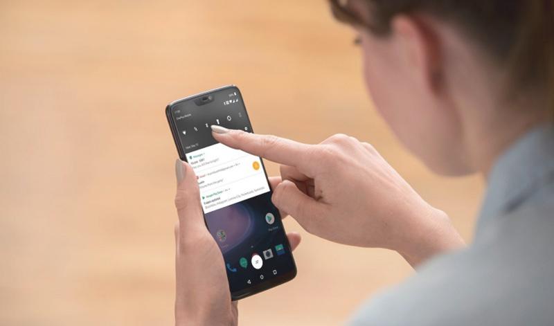 gestos de navegação OxygenOS OnePlus 6 Android Oreo smartphone resistente Google