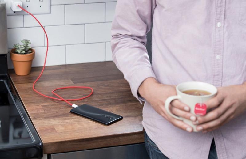 OnePlus 6 Dash Charge carregamento rápido