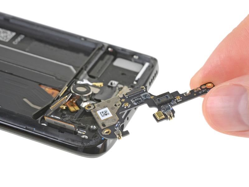 OnePlus-6-Android-Oreo-OxygenOS-iFixit-13.jpg