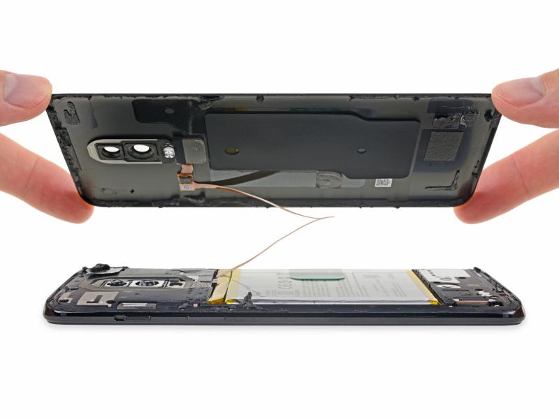 OnePlus-6-Android-Oreo-OxygenOS-iFixit-3.jpg