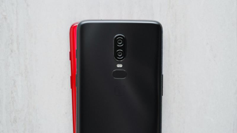 Android. OnePlus 6 em vermelho poderá chegar em breve