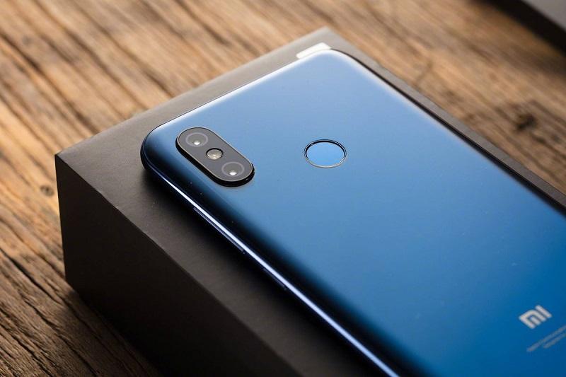Xiaomi Mi 8: Topo de gama ganhará duas novas variantes em breve