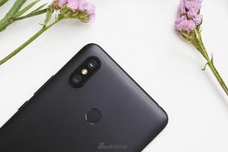 Xiaomi-Mi-MAX-3-Android-Oreo-Google-2-1.jpg