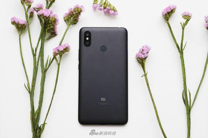 Xiaomi-Mi-MAX-3-Android-Oreo-Google-3-1.jpg