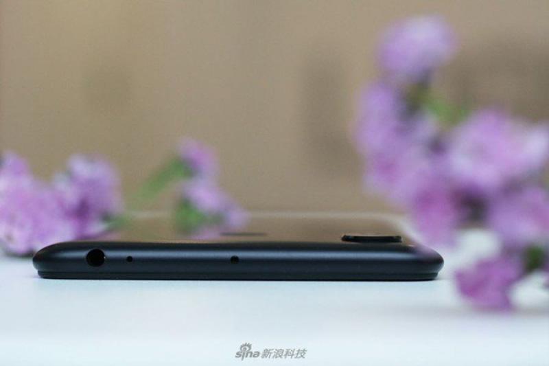 Xiaomi-Mi-MAX-3-Android-Oreo-Google-5.jpg