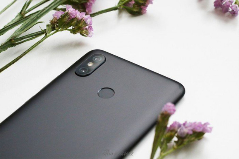 Xiaomi-Mi-MAX-3-Android-Oreo-Google-6.jpg