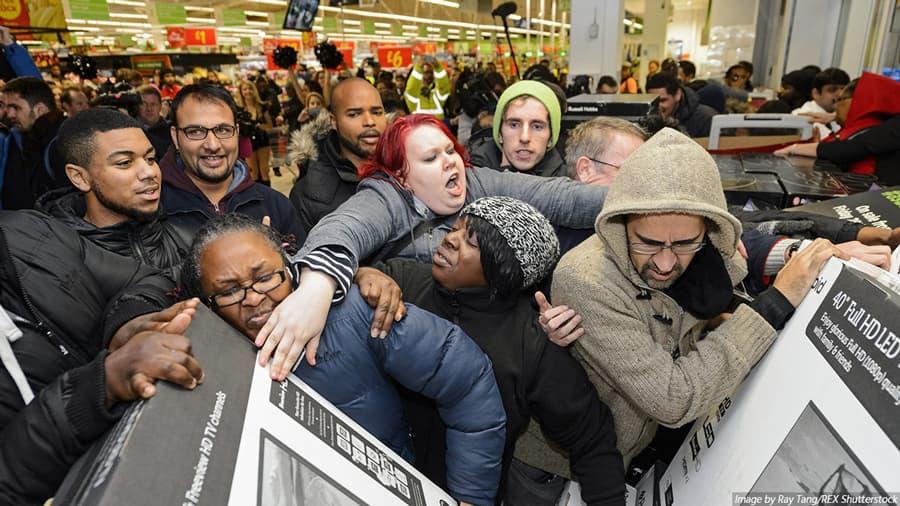 Black Friday: Vídeos mostram o caos das lojas em Portugal