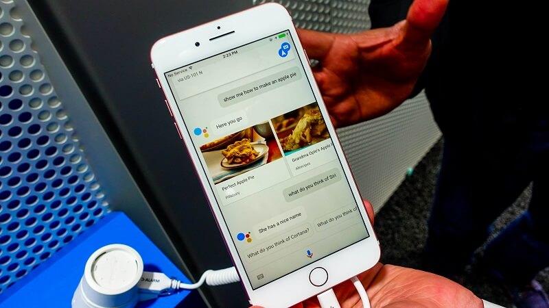 Google Assistant Siri Apple