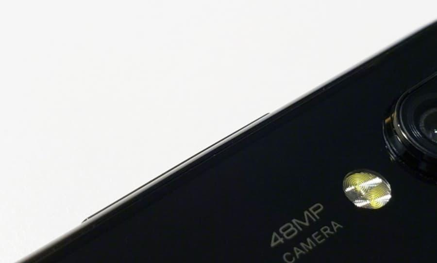 Xiaomi Mi 9 smartphone 48MP