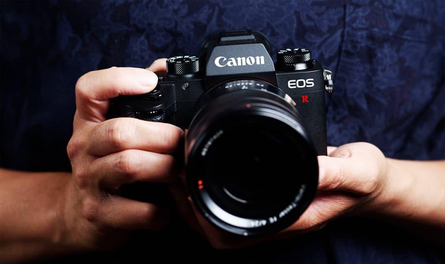 Canon prepara uma câmara mirrorless full-frame que grava em 8K