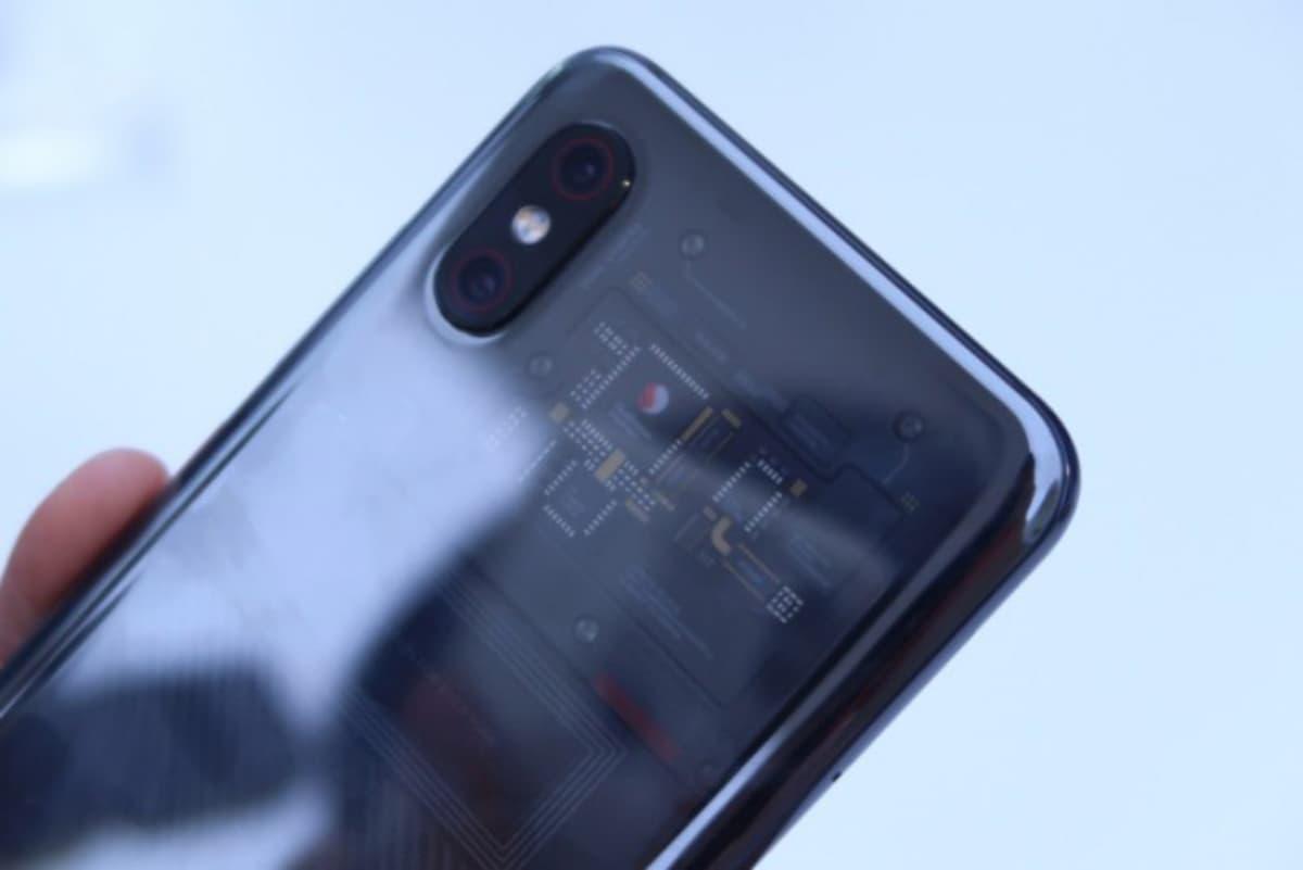 Xiaomi Mi 9 deverá chegar com uma versão Explorer Edition