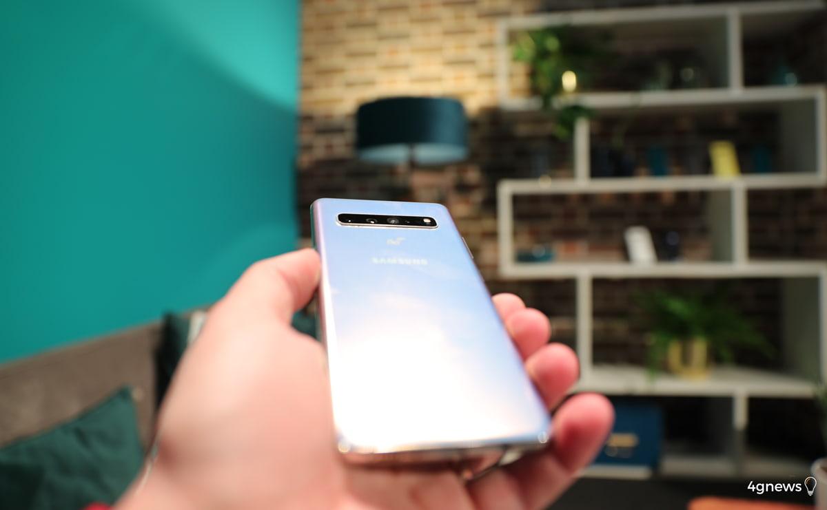 Samsung Galaxy S10 Plus é o smartphone que sempre desejamos