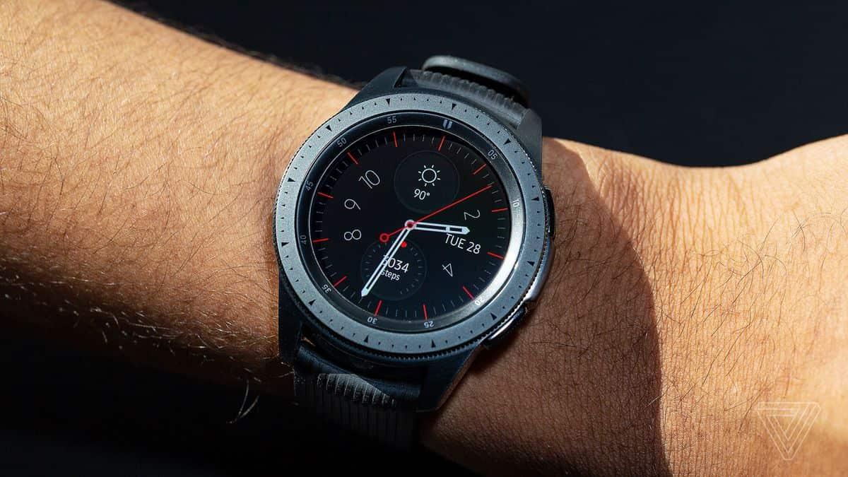 dcf8276df62 Swatch acusa Samsung de copiar a