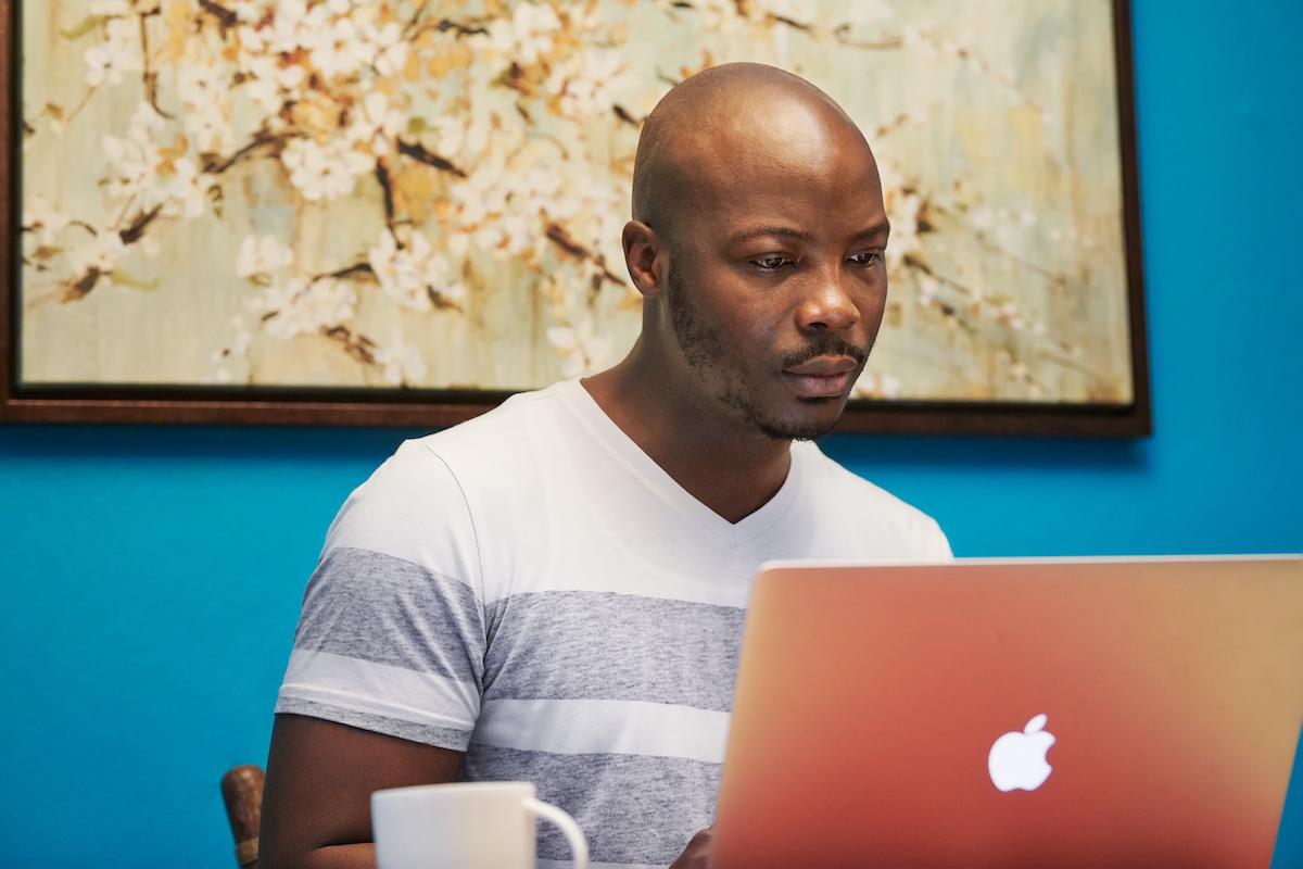 Apple e Dream Corps juntam-se para formar jovens em programação